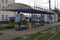 """Трамвайну зупинку """"Залізничний вокзал"""" закрито для посадки"""