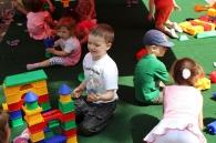 """Свято для всієї родини """"Доторкнись до дитинства"""" у Вінниці зібрало декілька тисяч дітлахів"""