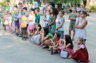 Мешканці Вишеньки проводять дворові концерти