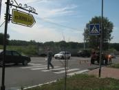 На аварійному перехресті вулиць Зодчих та Ющенка встановили світлофор