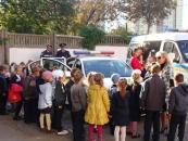 На Вінниччині інспектори ДАІ навчають школярів безпечної поведінки на дорозі
