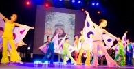 """Вінницька молодь танцювала в """"Зорі"""" заради діток"""