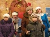 """БФ """"Подільська громада"""" передав подарунки багатодітним сім'ям від вінничан"""
