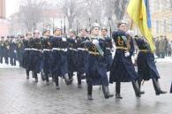 З нагоди Дня захисника Вітчизни у Вінниці відбулося покладання квітів до меморіалу слави