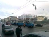 Вінницькі трамваї вирішили їздити по асфальту. Ще один трамвай зійшов з рейок