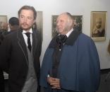 Два Володимири подарували вінничанам до 650-річчя міста  виставку раритетних світлин на шовку
