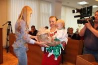 """У вінницькому фотоконкурсі """"Модна вишиванка"""" перемогла сім'я"""