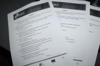 У Прозорих офісах Вінниці роздають економні лампочки в обмін на заповнені анкети по питаннях енергозбереження