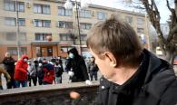 Сергія Щетиніна випхали зі сцени вінницького Майдану і закидали яйцями