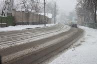 Вінницю знову засипало снігом. На розчистку доріг від снігу вже пущено спецтехніку