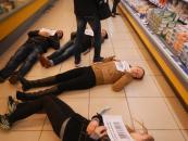 Все більше українців відмовляються купувати російське