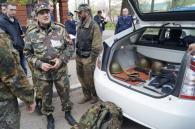 Біля 32-ї школи затримали озброєного активіста Правого сектору