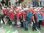 Стюардеси-екскурсоводи познайомлять більше 4 тисяч маленьких вінничан з історією рідного міста