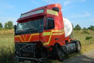 На Вінниччні внаслідок лобового зіткнення легковика з вантажівкою загинув громадянин Швеції