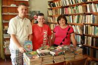 """980 книг отримала бібліотека №18 завдяки ініціативі """"Допоможи бібліотеці книгою"""""""