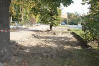 До кінця місяця по Хмельницькому шосе з'явиться нова парковка на 44 місця