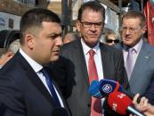 Німеччина передала Україні гуманітарну допомогу, яка дозволить забезпечити 4 тисячі переселенців тимчасовим місцем проживання