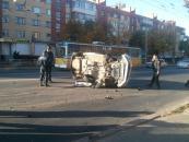 ДТП на Келецькій: перекинувся автомобіль приватної служби охорони