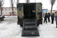"""На озброєння української армії незабаром поступлять броньовані """"козаки"""""""