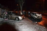 """Внаслідок зіткнення """"Kia"""" з """"Renault"""" на Київській чотири людини опинилися в лікарні"""