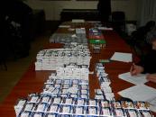 Вінницькі митники затримали мікроавтобус в обшивці якого було заховано 350 тис таблеток та 15 тис ампул