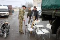 До Вінниці з Канади привезли фуру допомоги з медичним інвентарем для поранених бійців із зони АТО