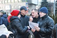 Широко анонсований мітинг під мерією вінничан не зацікавив