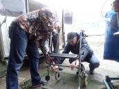 Пораненим, які лікуються у військово-медичному центрі, вінницькі волонтери передали гуманітарну допомогу з Німеччини