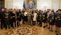 Президент нагородив вінницьку волонтершу Юлію Вотчер орденом княгині Ольги