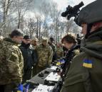 Президент: Точність та надійність - те, що сьогодні характеризує українську зброю