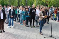 Близько 200 юних вінничан взяло участь у флешмобі «Ніколи знову»