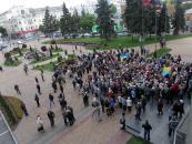 Малиновський з Щербаківською привели до міської ради на мітинг пенсіонерів