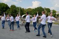 Вінничани встановили рекорд України, станцювавши сальсу у вишиванках