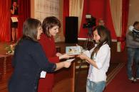 Дітям-сиротам вручили матеріальну допомогу та солодощі до Дня захисту дітей