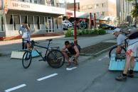 Вінницькі велосипедисти відновили існуючі велодоріжки міста на Хмельницькому шосе