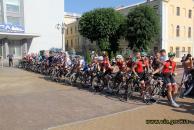 18 команд з 8 країн світу з'їхалися на вело-змагання до Вінниці