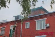 Горів дах одного з корпусів лікарні швидкої допомоги – ніхто не постраждав