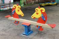 У дитячих садочках Вінниці почали оновлювати ігрові майданчики