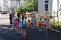 Цими вихідними юні вінничани навчалися вишивати та плести з бісеру