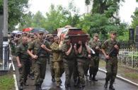 Вінниця провела в останню путь бійця Нацгвардії Сергія Павлюка, який загинув в ДТП по дорозі додому