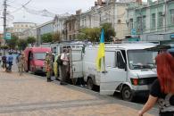 Близько десяти авто з гуманітарним вантажем рушило сьогодні з Вінниці у зону АТО