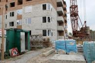 По Чехова закінчується цегельна кладка двох муніципальних будинків