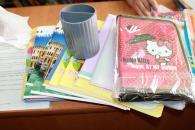 Юним вінничанам, які опинилися у складних життєвих обставинах, зробили подарунки до школи