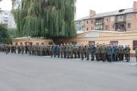 У військовій частині 3008 сьогодні привітали військових