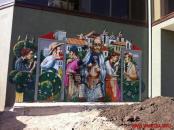 У Вінниці невідомі заляпали смолою різнокольорове графіті із зображенням єврейського побуту