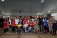 В День волонтерів, напередодні  Дня ЗСУ  громадські активісти  привітали героїв-кіборгів