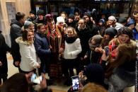 Кілька тисяч вінничан співали з «Лісапетним батальйоном» на різдвяному ярмарку