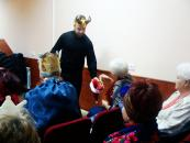 Терцентр влаштував новорічне свято для літніх людей
