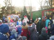 У Резиденції Дідуся Мороза відбувся День світлих вчинків та солодкий шашковий турнір
