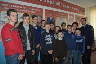 Ямпільські поліцейські влаштували школярам екскурсію до музею героїв АТО